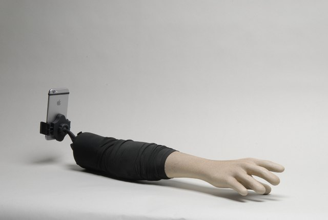 selfie-arm-weird-4