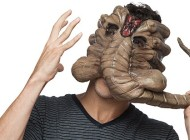 Aliens Facehugger Mask is a Great Idea for a Last-Minute Halloween Costume